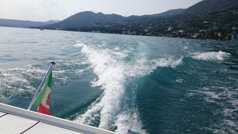 Lago dal motoscafo